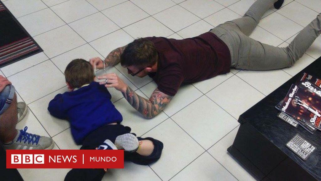 Las Familias Que Recorren Cientos De Kilómetros Para Un Corte De Pelo Bbc News Mundo