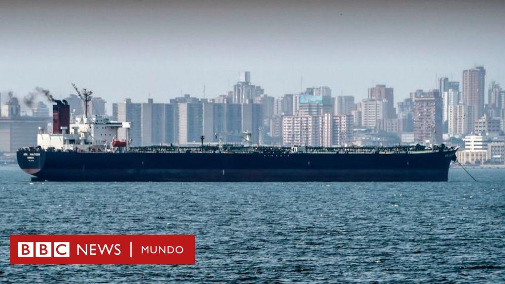 EE.UU. sanciona a decenas de cargueros que transportan petróleo de Venezuela a Cuba
