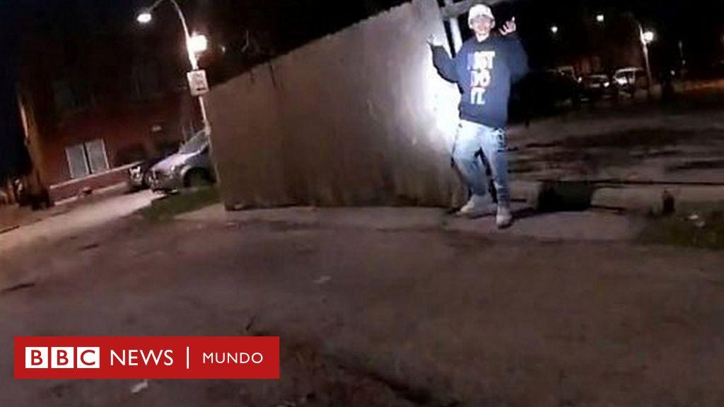 El video de un policía que mata a un adolescente de 13 años que tenía las manos en alto que causa indignación en EE.UU. - BBC News Mundo