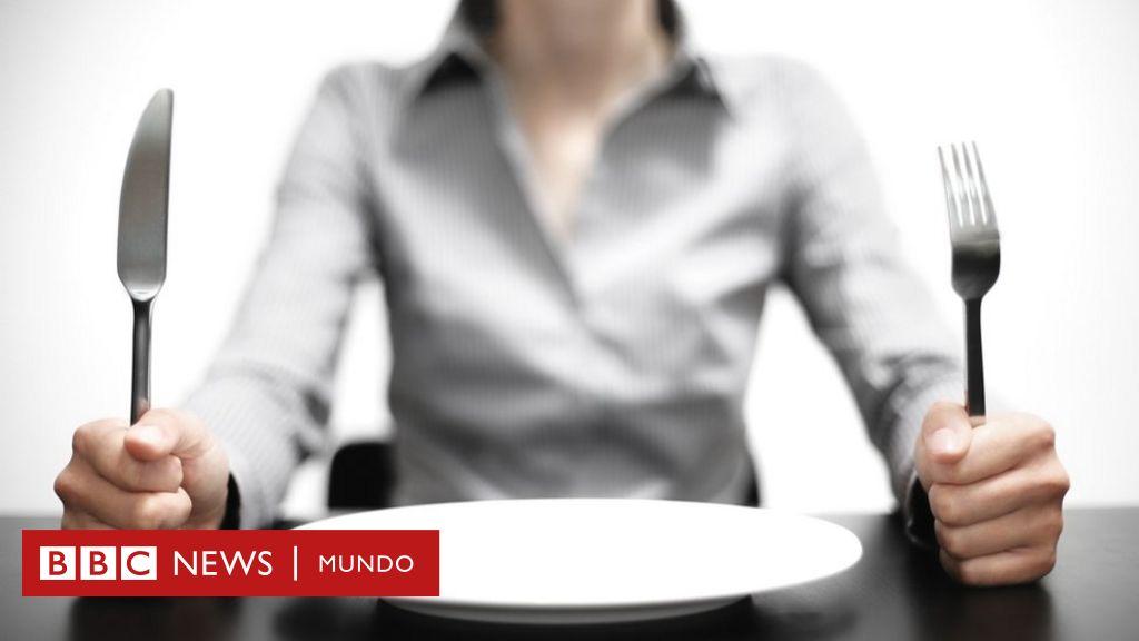 por qué duele el estómago cuando tiene hambre