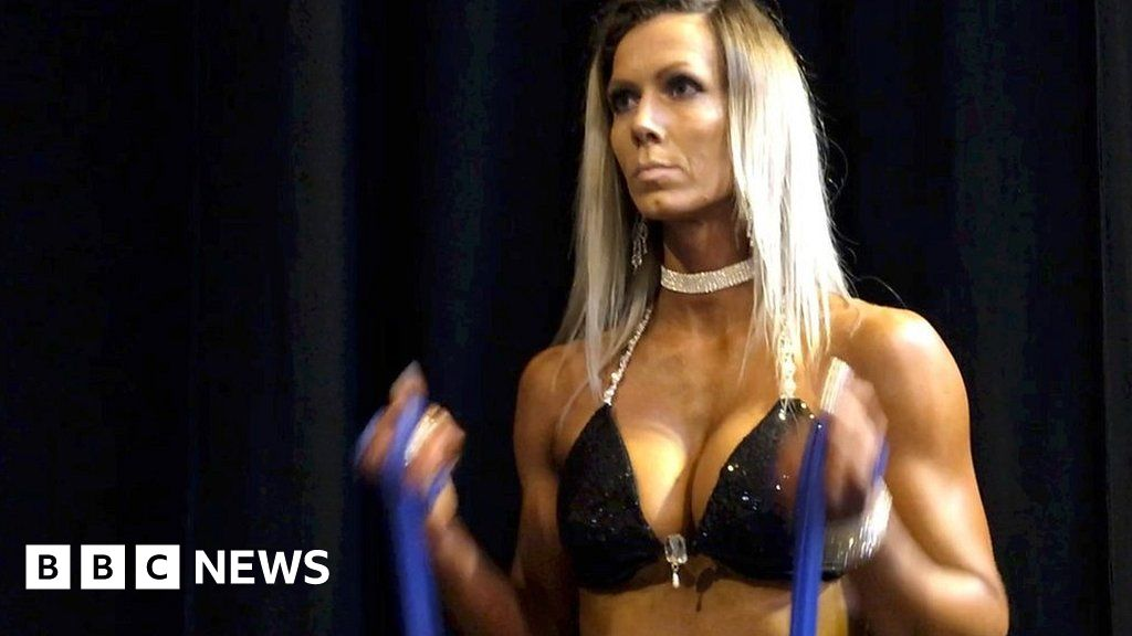 8685c50cc The rise of the female fitness model - BBC News