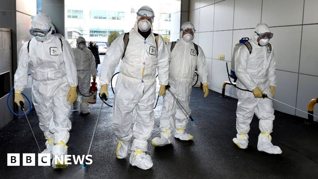 Coronavirus: South Korea steps up measures as infections spike