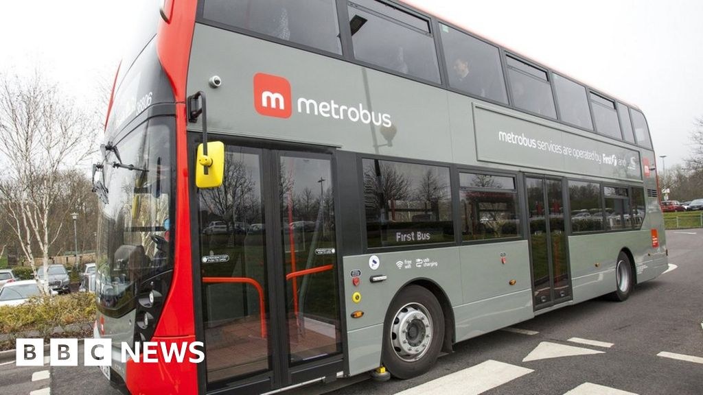 Second Metrobus Route In Bristol Starts Operating Bbc News