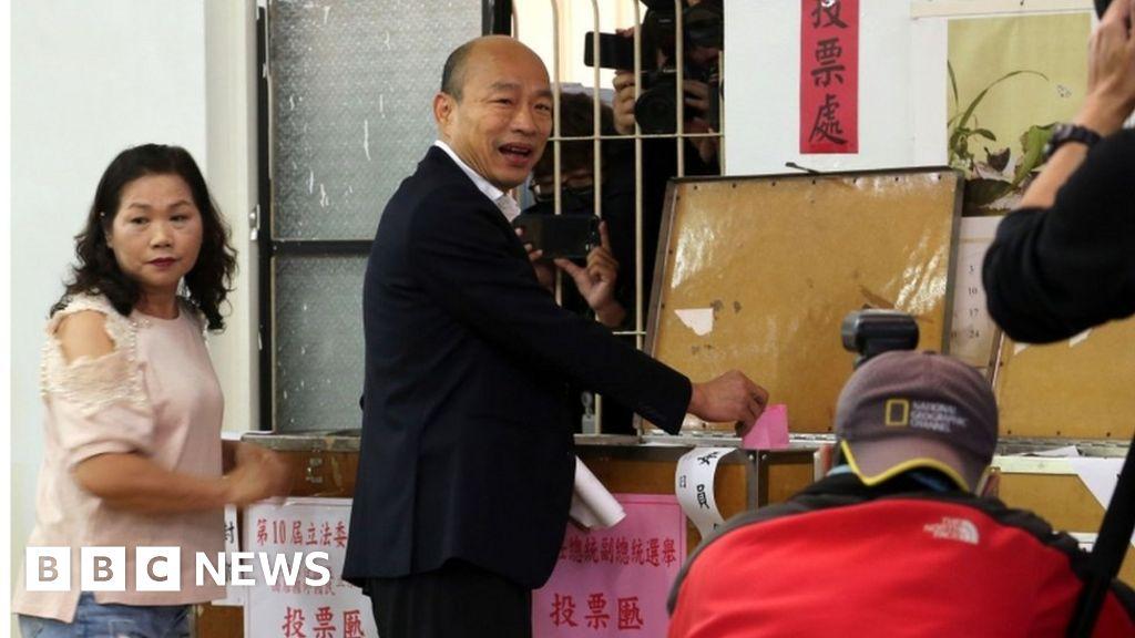 Taiwan election: Tsai bids for a second term against Challenger Han