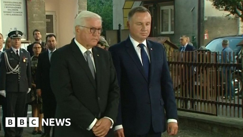 World War Two: German president asks Poland to forgive Nazi 'tyranny'