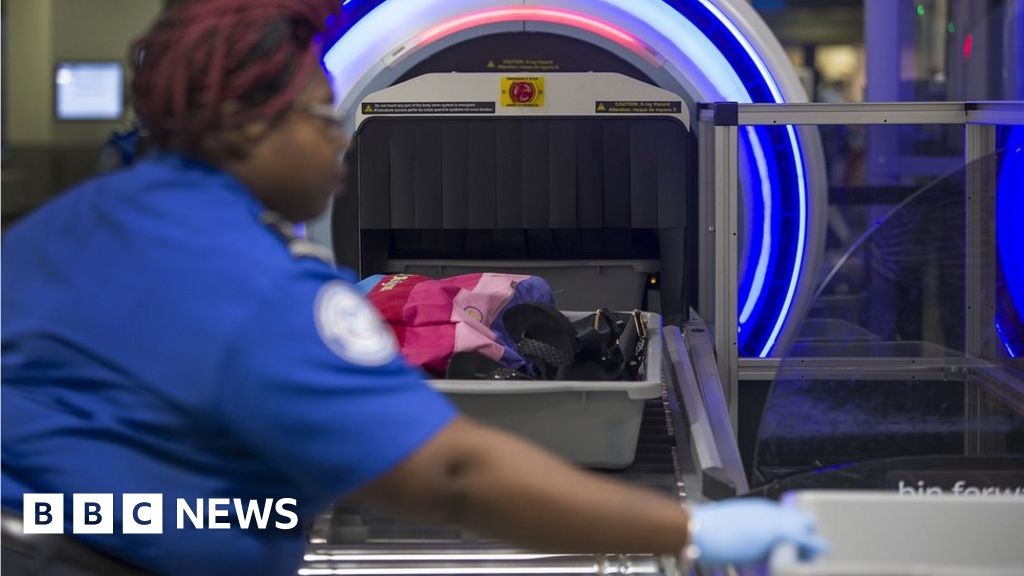 Airport security: 3D baggage scanners could end liquid restrictions
