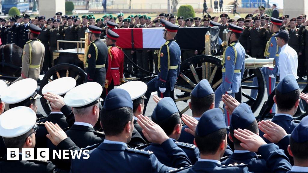 Hosni Mubarak: Egypt s military holds the funeral for the ousted President