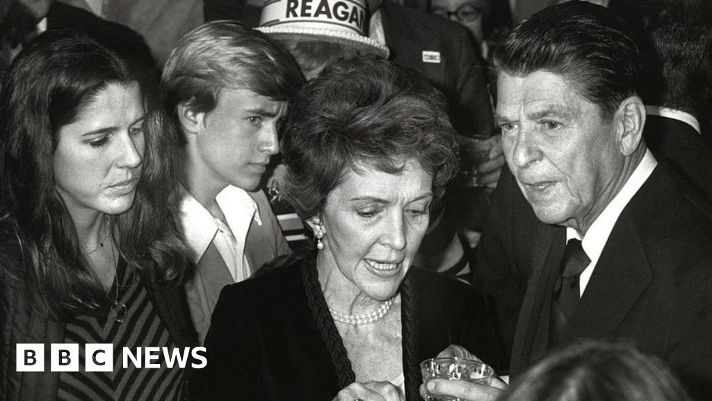 Ronald Reagan: No defence for  monkeys  remark, says daughter