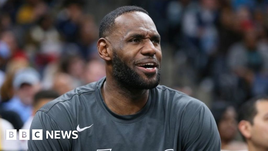 LeBron James secures $100m for media firm thumbnail