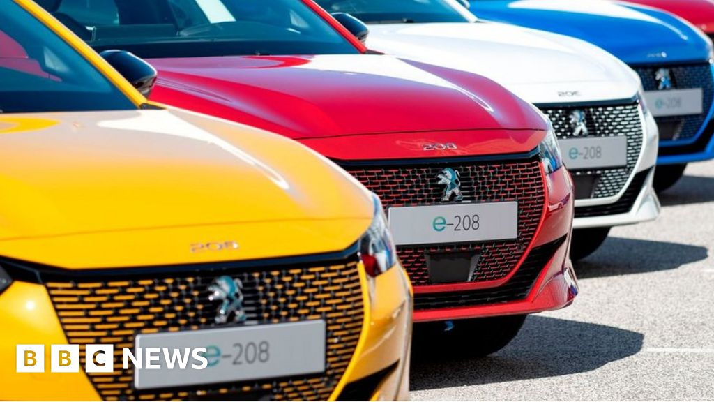 Peugeot owner 'in merger talks with Fiat Chrysler' thumbnail