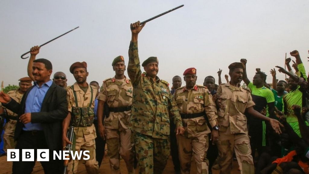 'Security raid' ahead of Sudan mass protest thumbnail