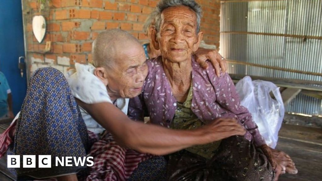 Sisters, 98 and 101, reunited after 47 years