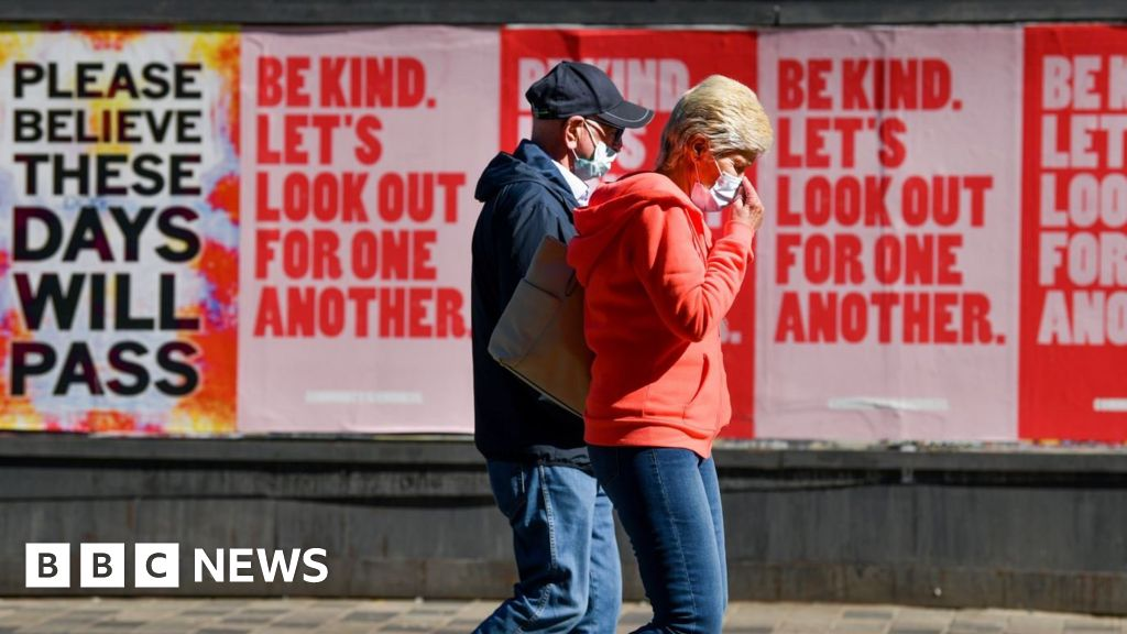 Covid: Scotland 'nudging towards' herd immunity