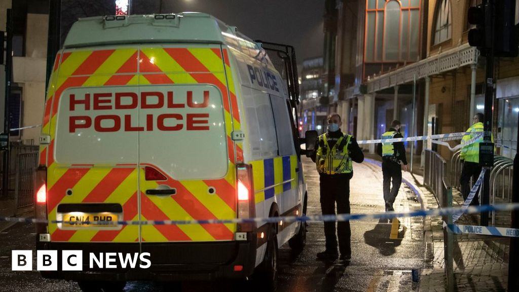 Cardiff violence: Six in hospital after city centre disorder