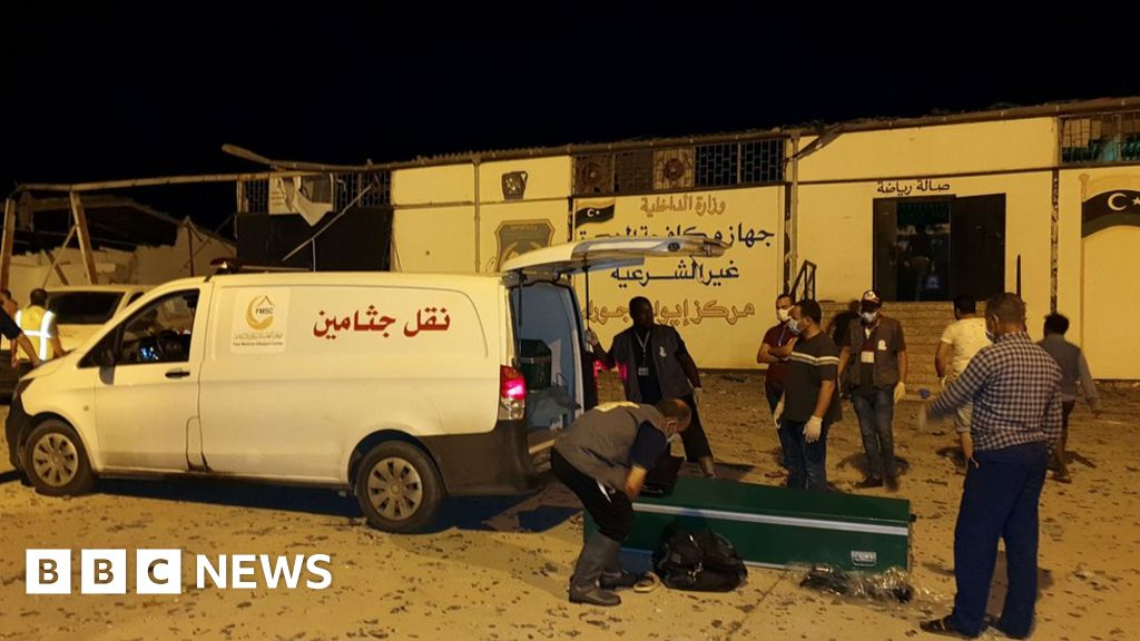 'Air strike kills 40' at Libya migrant centre thumbnail