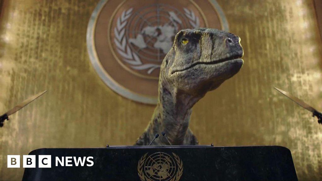 Dinosaur tells UN dont choose extinction as part of new climate campaign