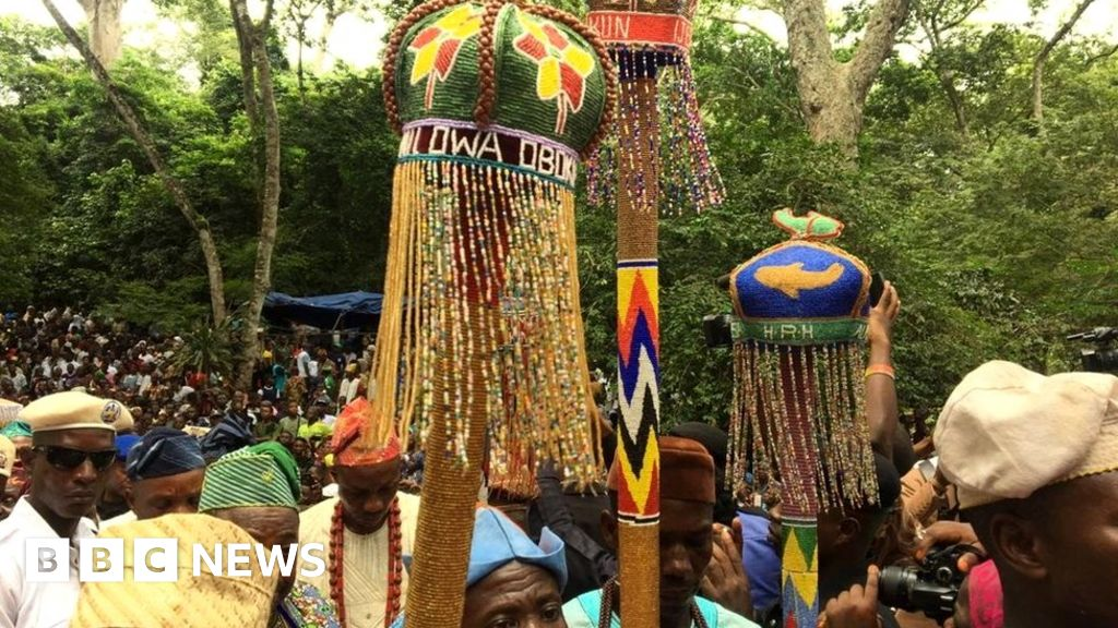 In pictures: Nigeria festival celebrates Yoruba fertility goddess Osun Osogbo - BBC News