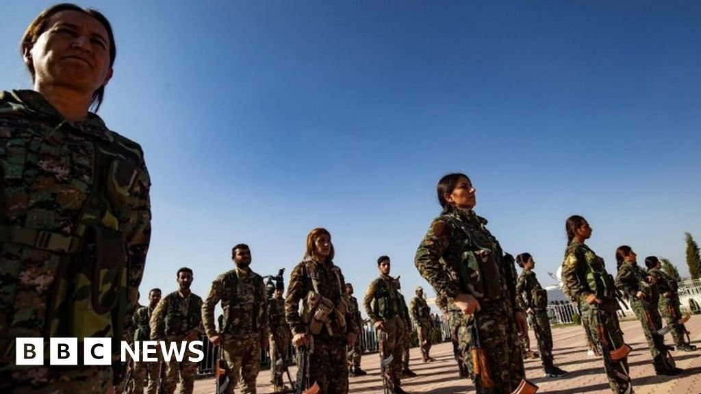 Turkey-Syria offensive: Kurds reach deal with Syrian army thumbnail