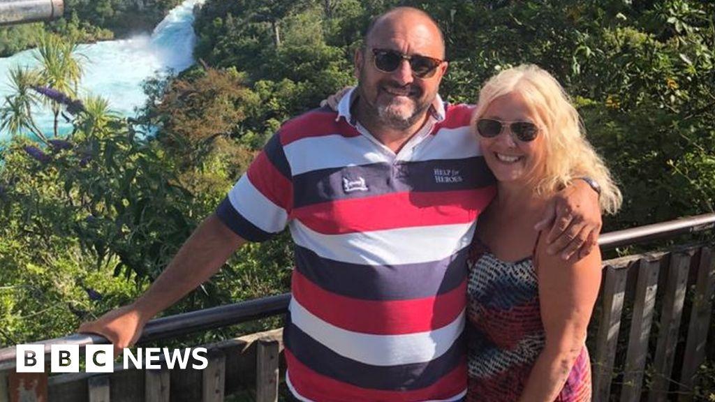 Coronavirus: honeymoon couple  stranded  after the borders closed
