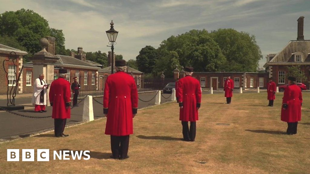 Coronavirus claims 10 of the Royal Chelsea pensioners