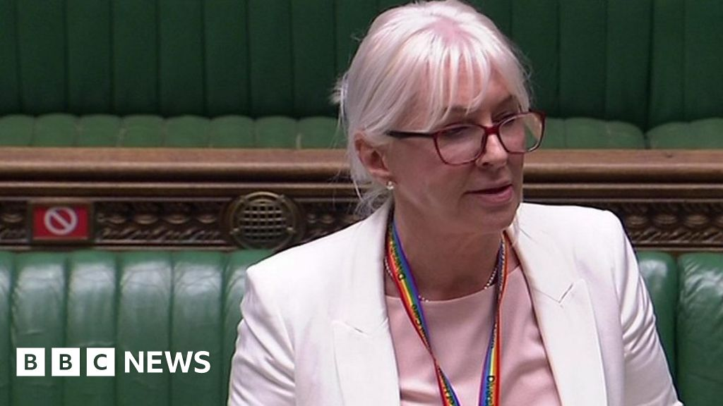 Nadine Dorries apologises to women after Cumberlege review