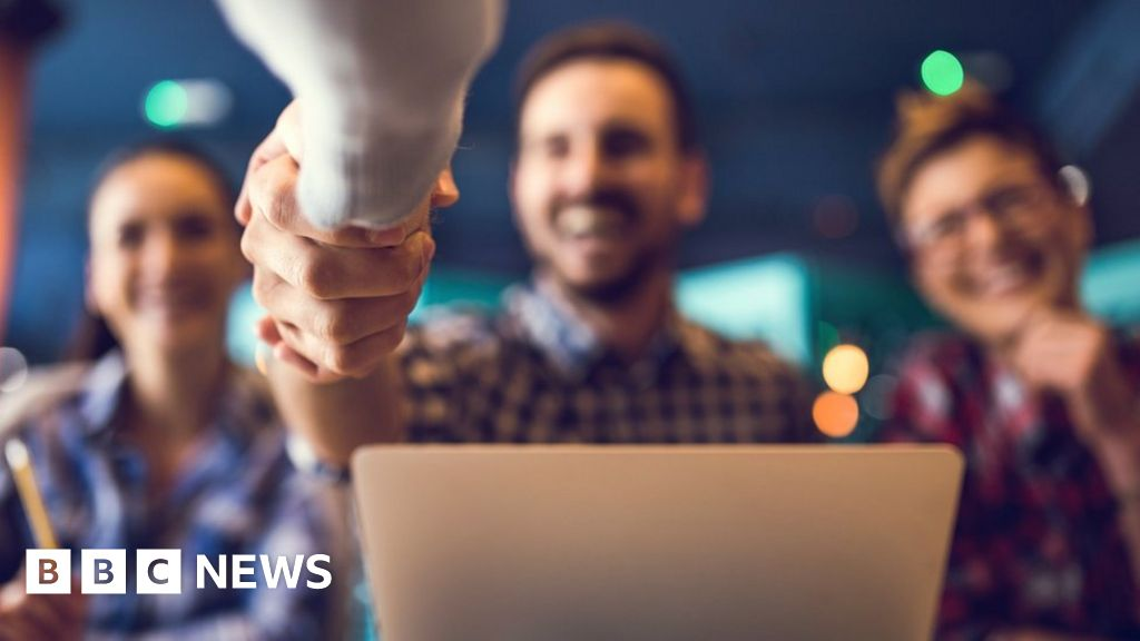 Google's job hunting service comes to UK