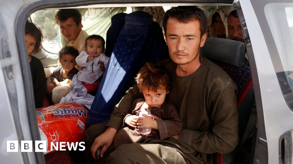 Afghans in embattled metropolis 'can't gather food' thumbnail