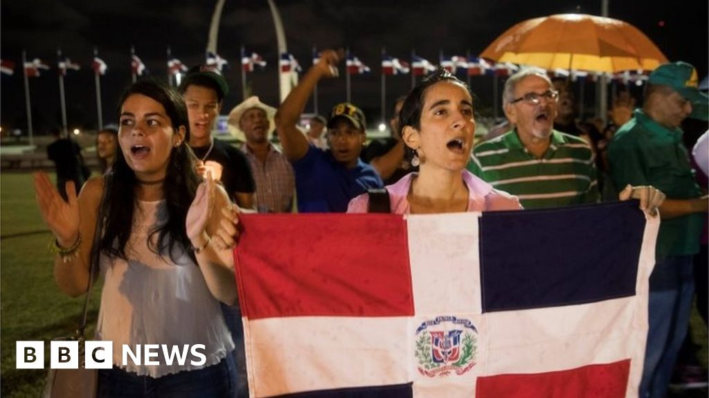 Dominican election halted after electronic glitch