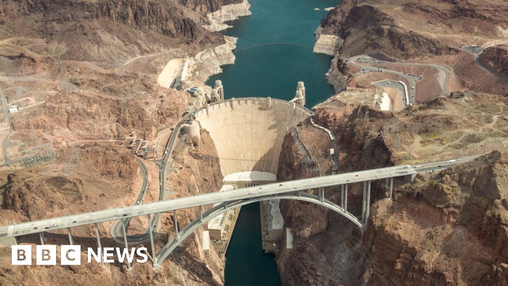The spectacular failures and successes of massive dams