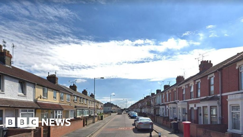 Swindon stabbing: Seven held after man injured