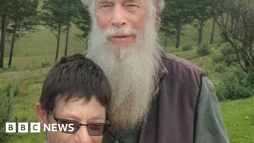 Rachel Saunders: Second missing botanist's body identified