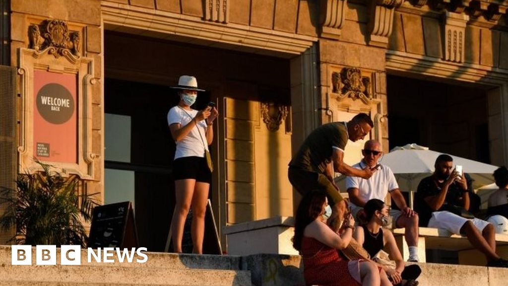 Coronavirus: Spain says outbreaks underneath management after UK orders quarantine