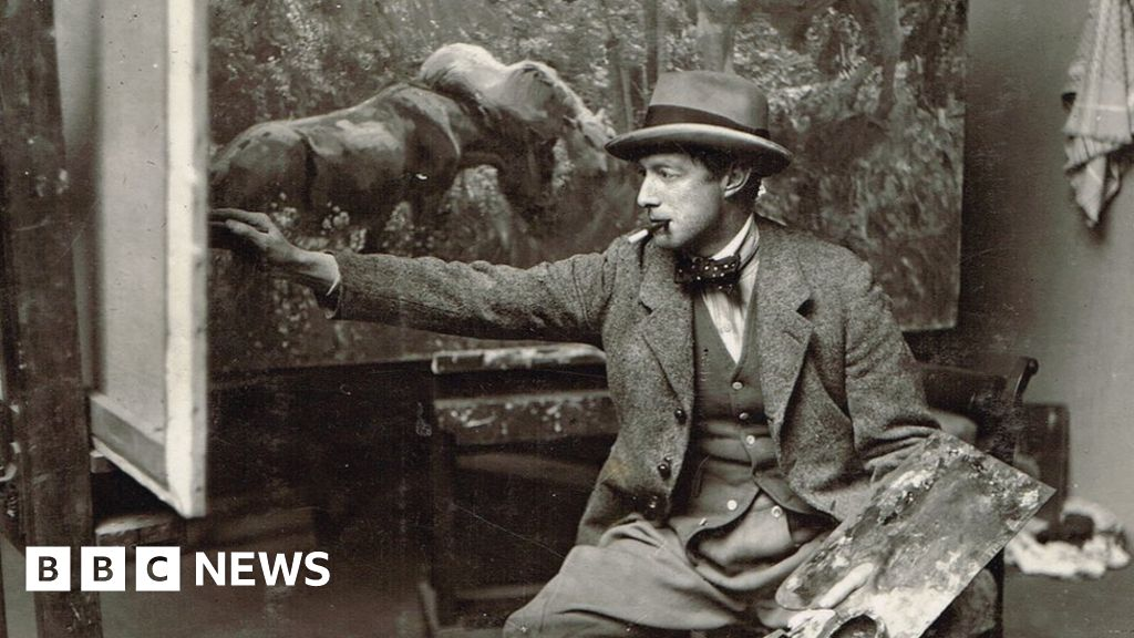 Alfred Munnings restored drawings go on display in Norwich