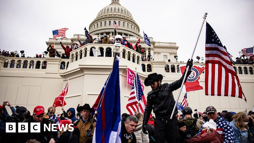 Capitol riot: Democrats set up committee to probe 6 January attack