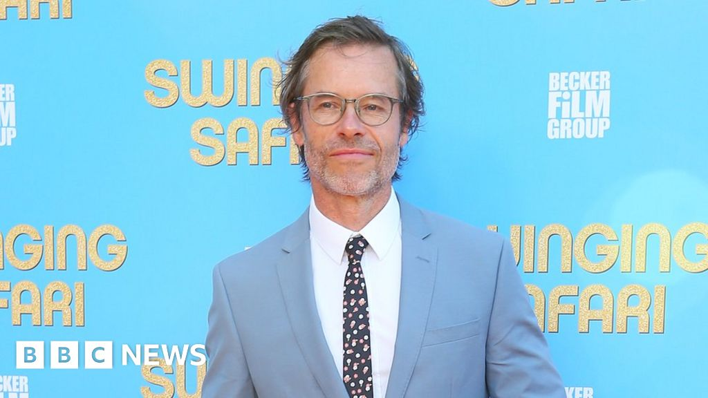 Guy Pearce: Kevin Spacey was 'handsy'