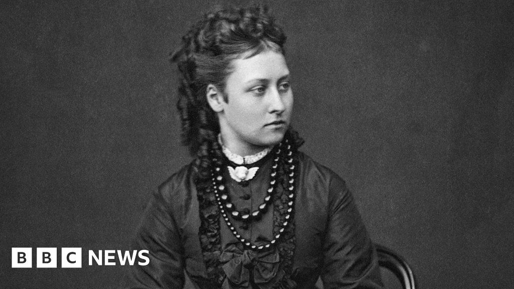 Princess Louise died leaving cigarettes debt