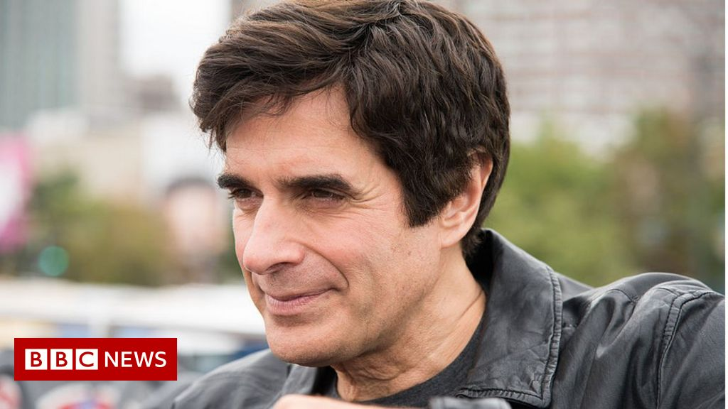 David Copperfield Forced To Reveal Magic Trick In Court Bbc News