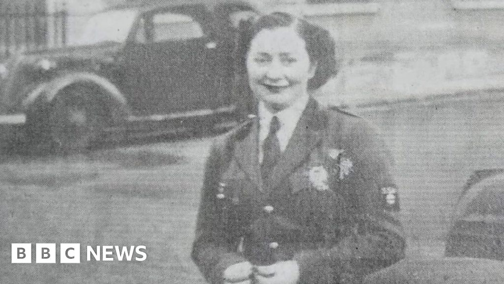 The 101-year-old, who was once Charles de Gaulle s chauffeur