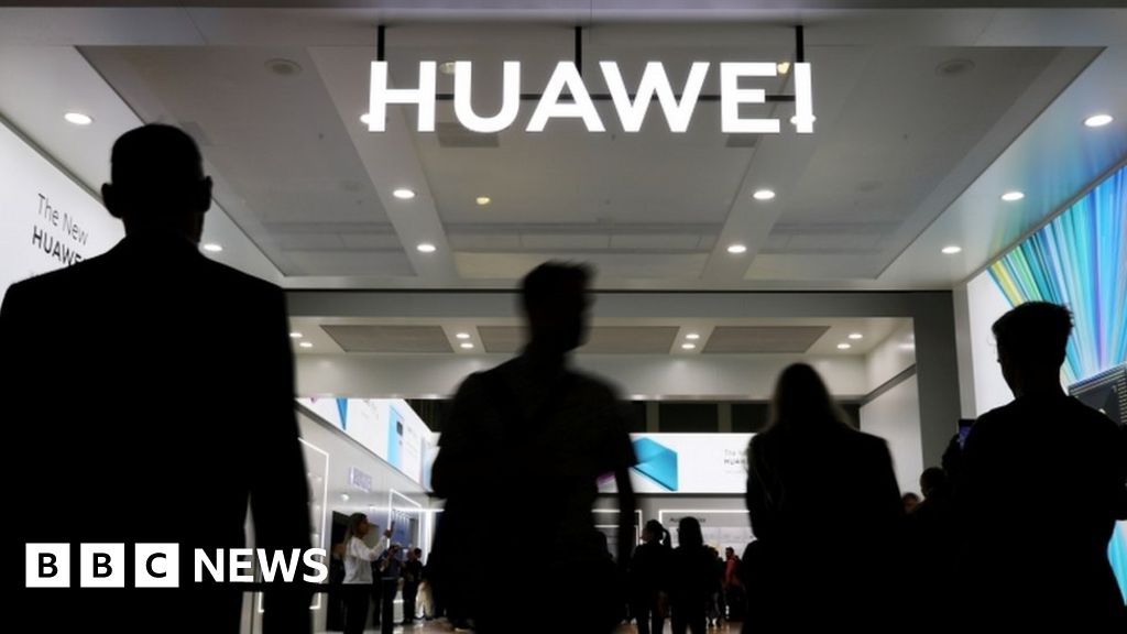 Huawei: Ministers signal switch in policy over 5G policy thumbnail