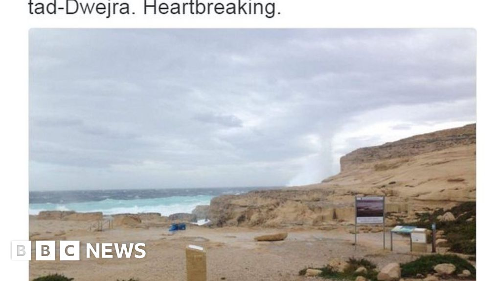 Malta's Azure Window collapses into the sea - BBC News