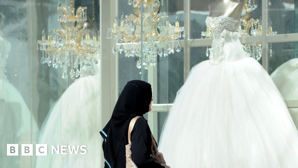 Guardianship Denied For Would Be Groom >> When Saudi Women Marry Foreigners Bbc News