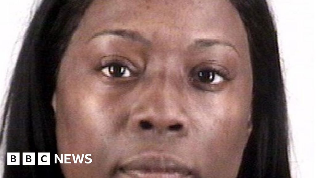 Texas woman jailed for five years for 'accidental' voter fraud - BBC