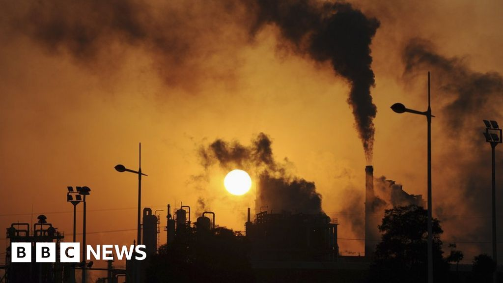Climate change: UK aims to cut emissions by 68% by end of 2030