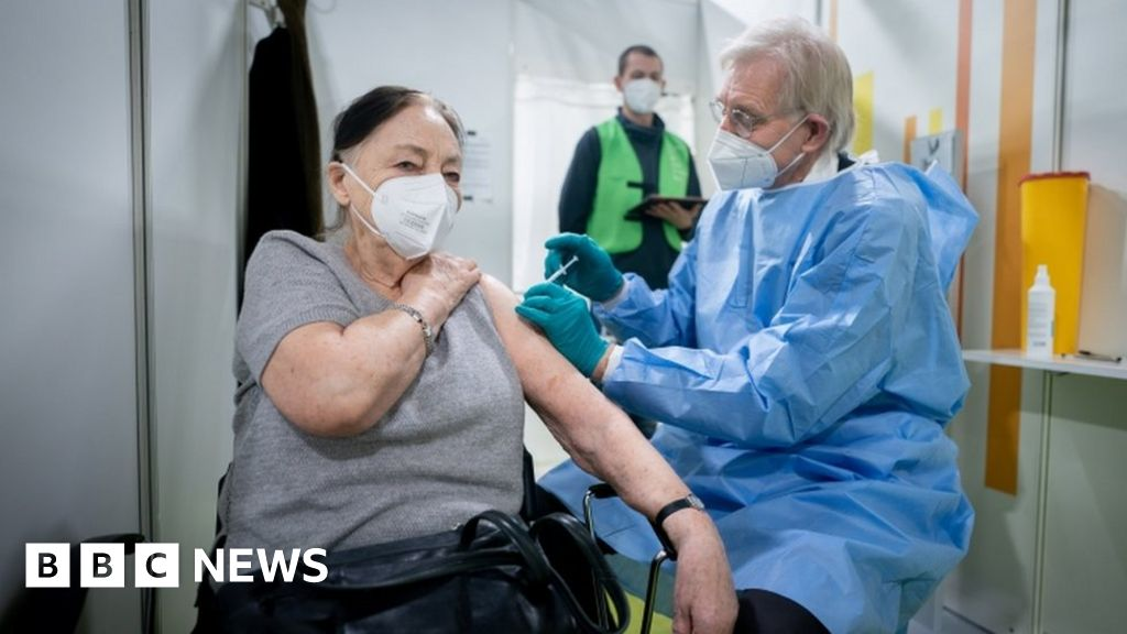 Coronavirus: Germany set to limit AstraZeneca jab to under-65s