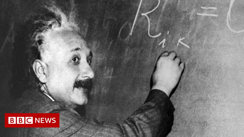 Travel diaries reveal Einstein's racism