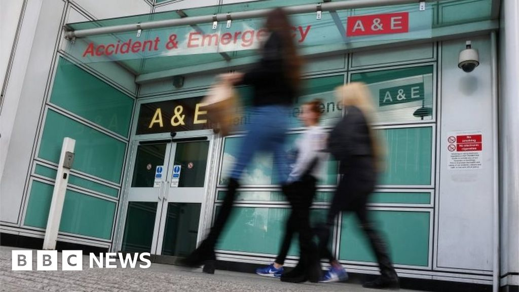 General Election 2019: NHS boss - Parties 'ducked' big issues