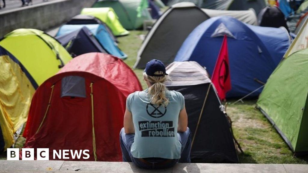 Climate change protest arrest reach 1,000