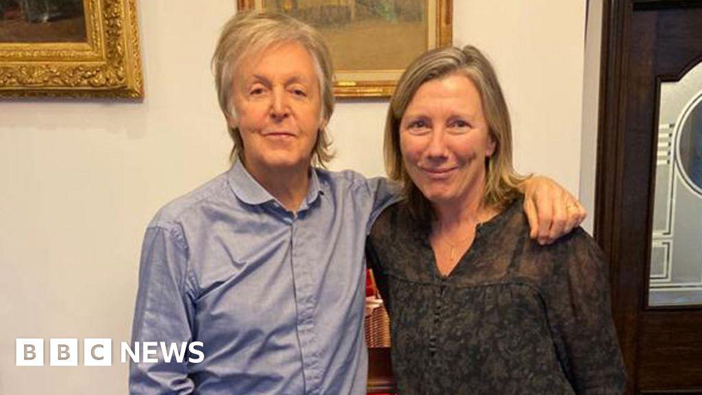 Paul McCartney unwraps his  secret  Christmas album