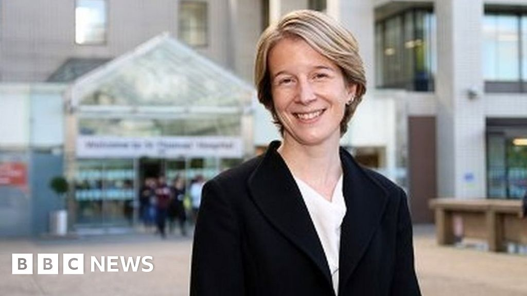 NHS England to appoint first female chief executive