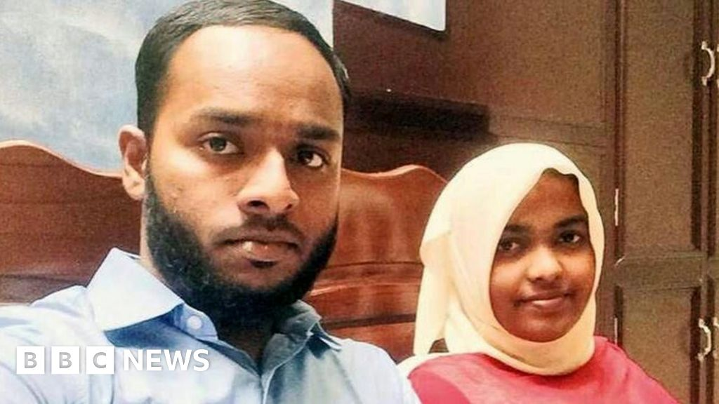 The Hindu-Muslim marriage stuck in India's Supreme Court